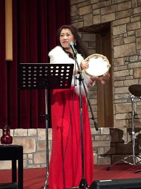 2015.12Yuko at Onoe Seiai Church.jpg